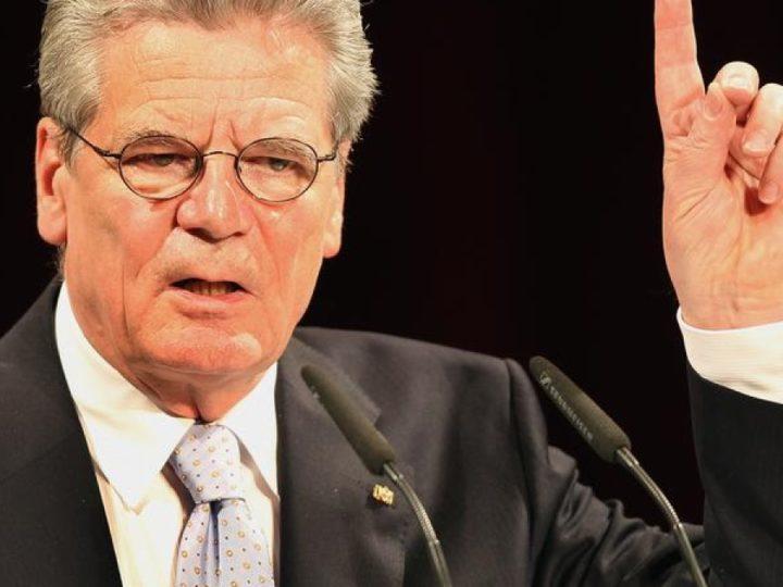 Gauck verlangt, wir haben uns anzupassen